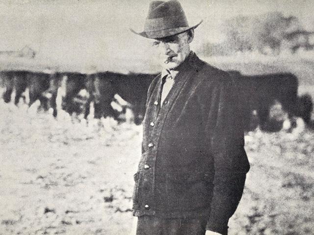 Barn - Photograph